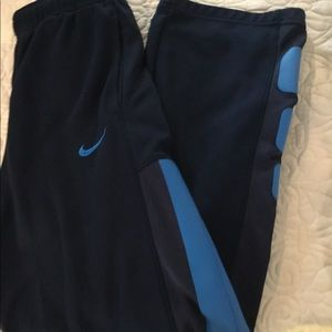 NIKE BOYS ATHLETIC PANT NAVY/ BLUE TRIM THERMA FIT